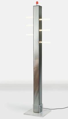ETTORE SOTTSASS (1917-2007) Italie Lampadaire modèle «Gala» Métal, plexiglass et néons Édition Memphis 2000