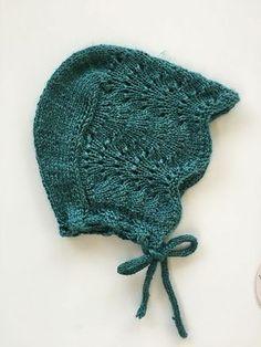beautiful green knit baby bonnet #babyknits #bonnet #babyfashion #handmade #handknit