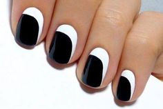 Black & White nails... doing it right