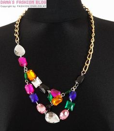 Jewelry DIY Tutorial: Necklace with Rhinestones and Large-Link Chains Funky Jewelry, Turquoise Jewelry, Modern Jewelry, Jewelry Crafts, Jewelry Ideas, Chain Jewelry, Diy Outfits, Rhinestone Necklace, Diy Necklace