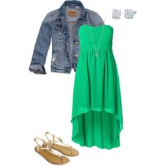 I'm really not that big on dresses but I love to wear this color green! It makes me happy, happy, happy!