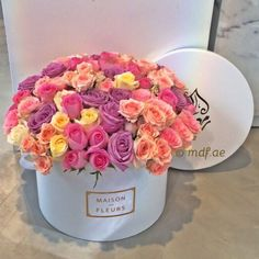 Find images and videos about flowers and rose on We Heart It - the app to get lost in what you love. Flower Box Gift, Flower Boxes, My Flower, Flowers Nature, Pretty Flowers, Fresh Flowers, Deco Floral, Arte Floral, Beautiful Flower Arrangements