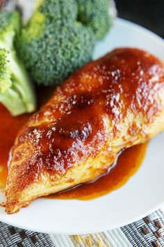 Healthy Baked BBQ Chicken recipe on { lilluna.com } #chicken