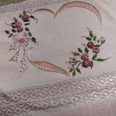 This Pin was discovered by Mel Embroidery Hearts, Silk Ribbon Embroidery, Floral Embroidery, Free Machine Embroidery Designs, Hand Embroidery Patterns, Embroidery Stitches, Cushion Embroidery, Hardanger Embroidery, Braided Rag Rugs