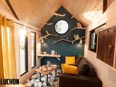 Essen'Ciel: Quirky bird of a tiny house takes flight in France