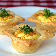 Simple mini cheddar bacon quiche in a flavour combination to please everyone at any party. Frozen puff pastry can make them even quicker and easier.
