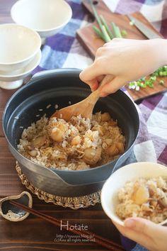 新刊発売中です。 美味しいには理由がある! うちごはんのゆる基本 美味しいには理由がある!うちごはんのゆる基本 [ るぅ ]価格/1,300+税 →こんな本です①。/こんな本です②。ほたてご飯。今日は久しぶりのレシピで、ちょっと前に作ったらめちゃんこ美味しくて、一 Unique Recipes, Asian Recipes, How To Cook Rice, Cooking Recipes, Cooking Rice, Oatmeal, Food And Drink, Yummy Food, Favorite Recipes