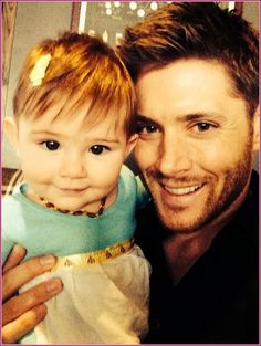 JENSEN ACKLES Sweet Tweet With Daughter Justice
