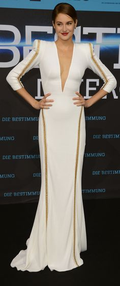 Shailene Woodley in Zuhair Murad at the Berlin Divergent Premiere.