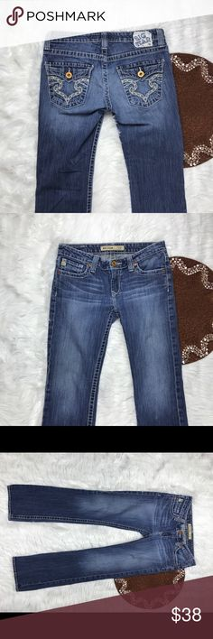 Big Star Casey Low Rise Fit Size 28R distressed Great item , please see pictures for more information   There are NO Major Flaws with this item. If you notice a flaw that we did not mention, please contact us first before leaving negative feedback. We are only human and may make a mistake once in a while.   From Smoke Free Home Big Star Jeans Boot Cut