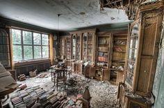 https://flic.kr/p/bjA3qd | A good book gathers no dust | Not strictly true