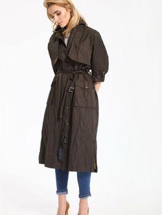 Top Secret Kabát dámský dlouhý Dámský kabát z kolekce TOP SECRET je vyroben  z příjemného a lehkého materiálu. Má dlouhý střih se zapínáním na  zdrhovadlo a ... 606775820df