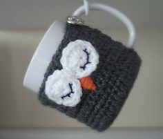 Ruby_needles_cup_cozy_small2