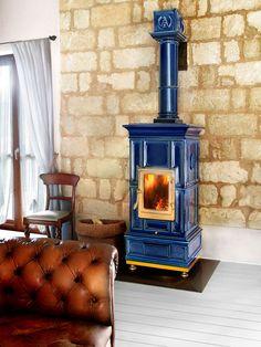 Wood heating stove / traditional / earthenware / ceramic VIENNA LA CASTELLAMONTE Stufe di Ceramica