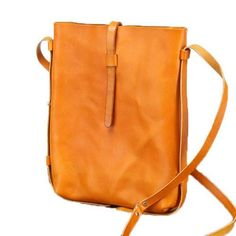 4 Simple Tips Can Change Your Life: Hand Bags Diy Ideas hand bags red cross body.Hand Bags And Purses Tooled Leather hand bags casual purses. Leather Crossbody Bag, Leather Handbags, Crochet Clutch Bags, Diy Sac, Leather Bags Handmade, Purses And Handbags, Mk Handbags, Cross Body, Xmas Gifts