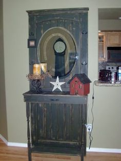 The Plaid Rooster Co.: . Primitive Hall Tree .