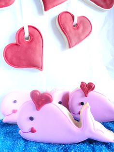 http://www.cookiecuttercompany.com/design-ideas/41-seasonal/94-valentine-whale-cookies