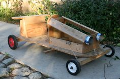 jujumade: soapbox racers.  Summer project for me and the nerf?