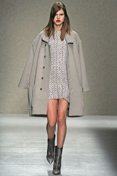 A.F. Vandervorst RTW Fall 2014 - Slideshow - Runway, Fashion Week, Fashion Shows, Reviews and Fashion Images - WWD.com