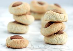 Sweet, aromatic, naturally gluten-free and dairy-free, you only need 5 ingredients and 20 mins to make these traditional almond cookies from Malta. Gluten Free Almond Cookies, Gluten Free Baking, Easy Christmas Cookie Recipes, Tea Snacks, Biscuit Recipe, Almond Recipes, Dessert Recipes, Desserts, Tray Bakes