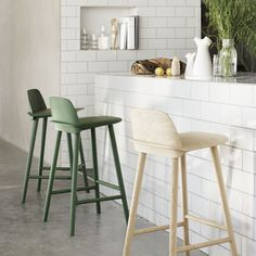 The NERD chair is a modern Nordic take on the iconic all-wood chair that effortlessly reflects its classic Scandinavian design heritage. The seamless integration of the NERD's back and seat is a uniqu