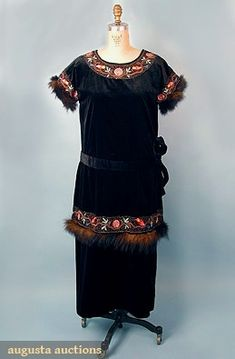 Velvet Dinner Dress, 1918-1920, Augusta Auctions, May 2007 Vintage Clothing & Textile Auction, Lot 660