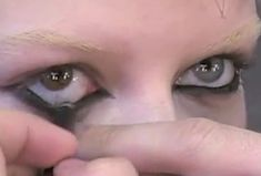 Gaara, Art Visage, Teenage Dirtbag, Photo Dump, Looks Cool, Makeup Inspo, Makeup Ideas, Makeup Looks, Eyeliner