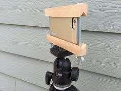 Make your own iPhone or Smart Phone Tripod Mount for Under $5
