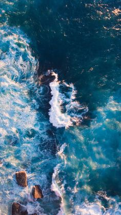 Ocean wallpaper for your iPhone XS from Everpix wallpaper wallpaperiphone ocean 473159504601314476 Iphone Wallpaper Ocean, Beach Wallpaper, Summer Wallpaper, Iphone Background Wallpaper, Nature Wallpaper, View Wallpaper, Wallpaper Desktop, Laptop Wallpaper, Wallpaper Samsung