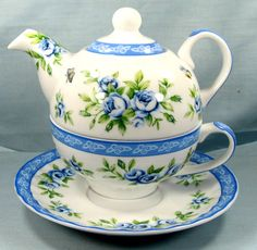"""Tea for One Set Cup and Teapot Porcelian """"Shaby Chic"""" 