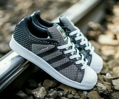 quality design ed9bf 372d7 Sneakers Adidas Sneaker Nmd, Tenis Adidas, Adidas Men, Shoes Sneakers,  Adidas Sneakers