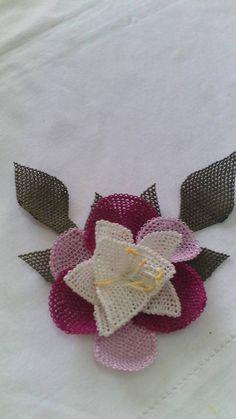 'Íğne oyası' (Turkish lace, made with the needle).