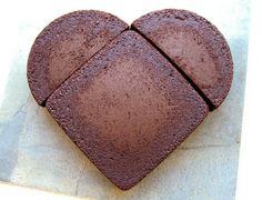 heart shape cake how-to