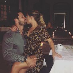 Jessie James and Eric Decker Are Literally the Cutest Classy Couple, Love Couple, Couple Goals, Silly Couple Pictures, Night Couple, Cute Couples Goals, Couples In Love, Romantic Couples, Jesse James