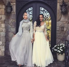 Hijab WeddingHijab + Wedding Season (mariaalia) Hijab Wedding Source : Hijab + Wedding Season (mariaalia) by meriamkha Muslim Prom Dress, Hijab Prom Dress, Hijab Wedding Dresses, Grad Dresses, Modest Dresses, Trendy Dresses, Elegant Dresses, Dress Outfits, Evening Dresses