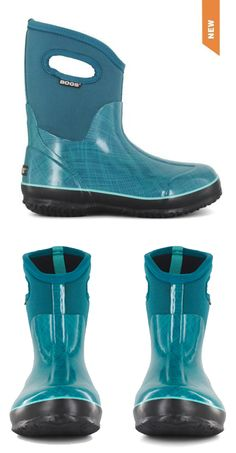 100% Waterproof - 100% Practical - 100% Awesome Rain Boots! Love the teal color! #boots #rain