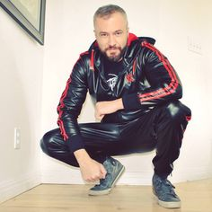 2016: #UrbanLeather look by LederSLC. Tracksuit from Boxer Barcelona.