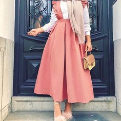 Abaya Fashion, Muslim Fashion, Modest Fashion, Fashion Dresses, Hijab Style Dress, Iranian Women Fashion, Hijab Fashionista, Hijab Fashion Inspiration, Islamic Clothing