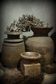 Originele Nepalese houten kruik. WWW.METLANDELIJKLABEL.NL