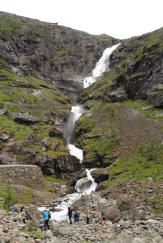 4 Freizeiten Andalsnes Trollstiegen Norwegen Aida Aidasol Kreuzfahrt Wasserfall