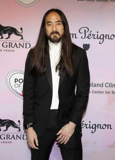 Steve Aoki Celebrity Makeup Looks, Celebrity Style, Dj Steve Aoki, Edm Music Festivals, Viva Glam, Electronic Music, Trance, New Music, Beards