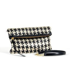 Just listed our new CALYPSO Clutch Bl... Check it out!  http://ladieswishlist.com/products/calypso-clutch-black-gold?utm_campaign=social_autopilot&utm_source=pin&utm_medium=pin
