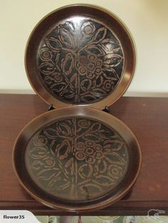 Crown Lynn Pair Brown Forma Dinner Plates for sale on Trade Me, New Zealand's auction and classifieds website Dinner Plates For Sale, Brown Dinner Plates, Plate Design, Vintage Textiles, My Happy Place, Dinnerware, Stoneware, Decorative Boxes, Porcelain