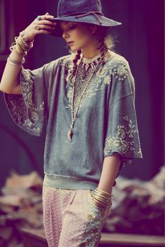 Modern hippie style long necklace & stacked bracelets, gypsy embellished top. FOLLOW http://www.pinterest.com/happygolicky/the-best-boho-chic-fashion-bohemian-jewelry-gypsy-/ for the BEST Bohemian fashion trends for 2014 in jewelry & clothing.