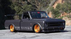 Chevy C10 R – Race Truck