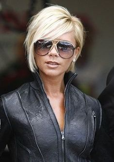 35 Pics of Celebrities with Their Short Hairstyles Victoria Beckham Short Inverted Bob Hairstyles Inverted Bob Hairstyles, Blonde Bob Hairstyles, Short Sassy Hairstyles, Pixie Haircuts, Layered Haircuts, Blonde Inverted Bob, Medium Hairstyles, Celebrity Short Hair, Celebrity Hairstyles