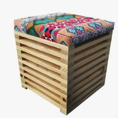 Used Woodworking Tools Furniture Box, Recycled Furniture, Furniture Making, Wooden Projects, Diy Pallet Projects, Woodworking Furniture Plans, Diy Woodworking, Cafe Chairs And Tables, Creation Deco