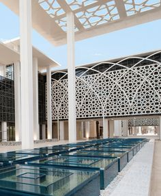 Abdulrahman University by Perkins+Will architect in Riyadh,Saudi Arabia. Regional architecture and cultural tradition inspired. So amazing :)