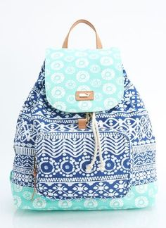 Nothing like the feeling of packing a bag on a summer morning and heading out for the day. Our batik-embellished women's day pack beautifully holds everything you need for a full day of fun.