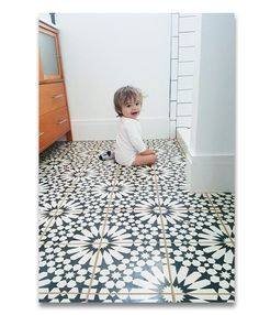 The Agdal is a classic handmade encaustic tile, the colors and the moorish pattern brings your space alive. The Agdal cement tile is commonly used for indoor as outdoor also great for floor and wall.